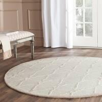 Safavieh Handmade Moroccan Cambridge Light Grey/ Ivory Wool Rug - 6' x 6' Round