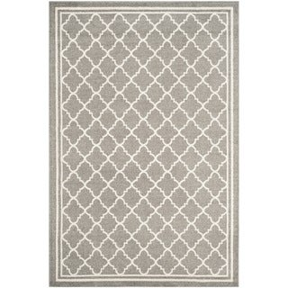 Safavieh Indoor/ Outdoor Amherst Dark Grey/ Beige Rug (9' x 12')