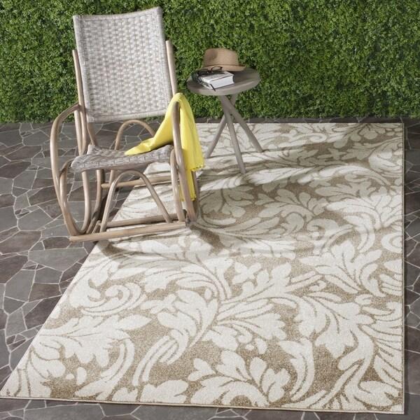 Safavieh Indoor/ Outdoor Amherst Wheat/ Beige Rug - 8' x 10'