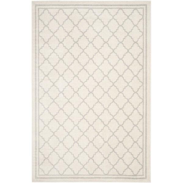Safavieh Indoor/ Outdoor Amherst Beige/ Light Grey Rug - 8' x 10'