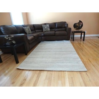 Hand-tufted Natural Shaded Rug (8' x 11')