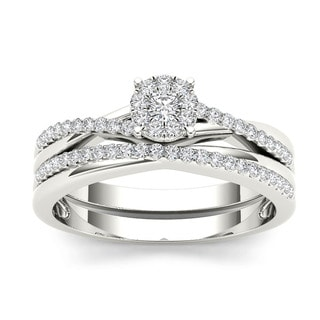 De Couer 10k Gold 1/4ct TDW Diamond Cluster Engagement Ring Set