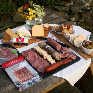 igourmet Grand Assortment of Meat and Cheese Favorites