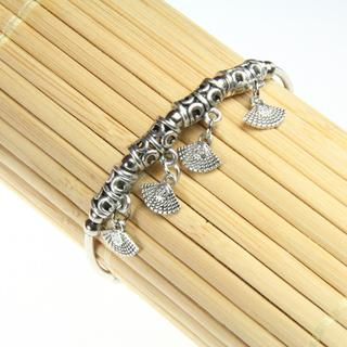 Handmade Tibetan Silver Seashell Charm Bracelet (China)