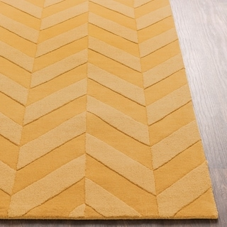 Porch & Den Alpine Hand-woven Tone-on-tone Zig-Zag Wool Area Rug (Gold - 8 x 10)