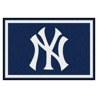 Fanmats MLB New York Yankees Area Rug (5' x 8')|https://ak1.ostkcdn.com/images/products/9269139/P16433194.jpg?impolicy=medium
