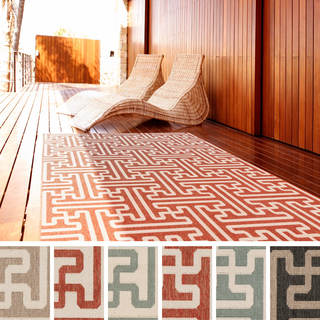 Meticulously Woven Nikki Contemporary Geometric Indoor/Outdoor Area Rug (5'3 x 7'6)