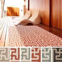 Nikki Contemporary Geometric Indoor/Outdoor Area Rug (5'3 x 7'6)