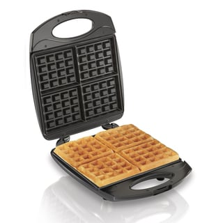 FAMILY SIZE BELGIAN WAFFLE PERPMAKER MAKES 4 WAFFLES AT ONE TIME
