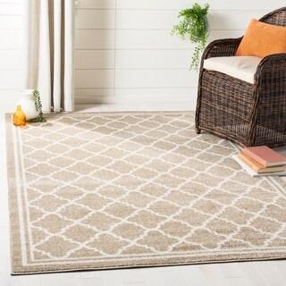 Safavieh Indoor/ Outdoor Amherst Dark Grey/ Beige Rug (2'3 x 7')