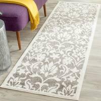 Safavieh Indoor/ Outdoor Amherst Dark Grey/ Beige Rug - 2'3 x 9'