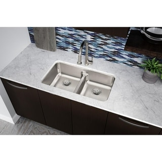 "Elkay Lustertone Classic Stainless Steel 32-1/16"" x 18-1/2"" x 8"", Equal Double Bowl Undermount Sink with Aqua Divide"