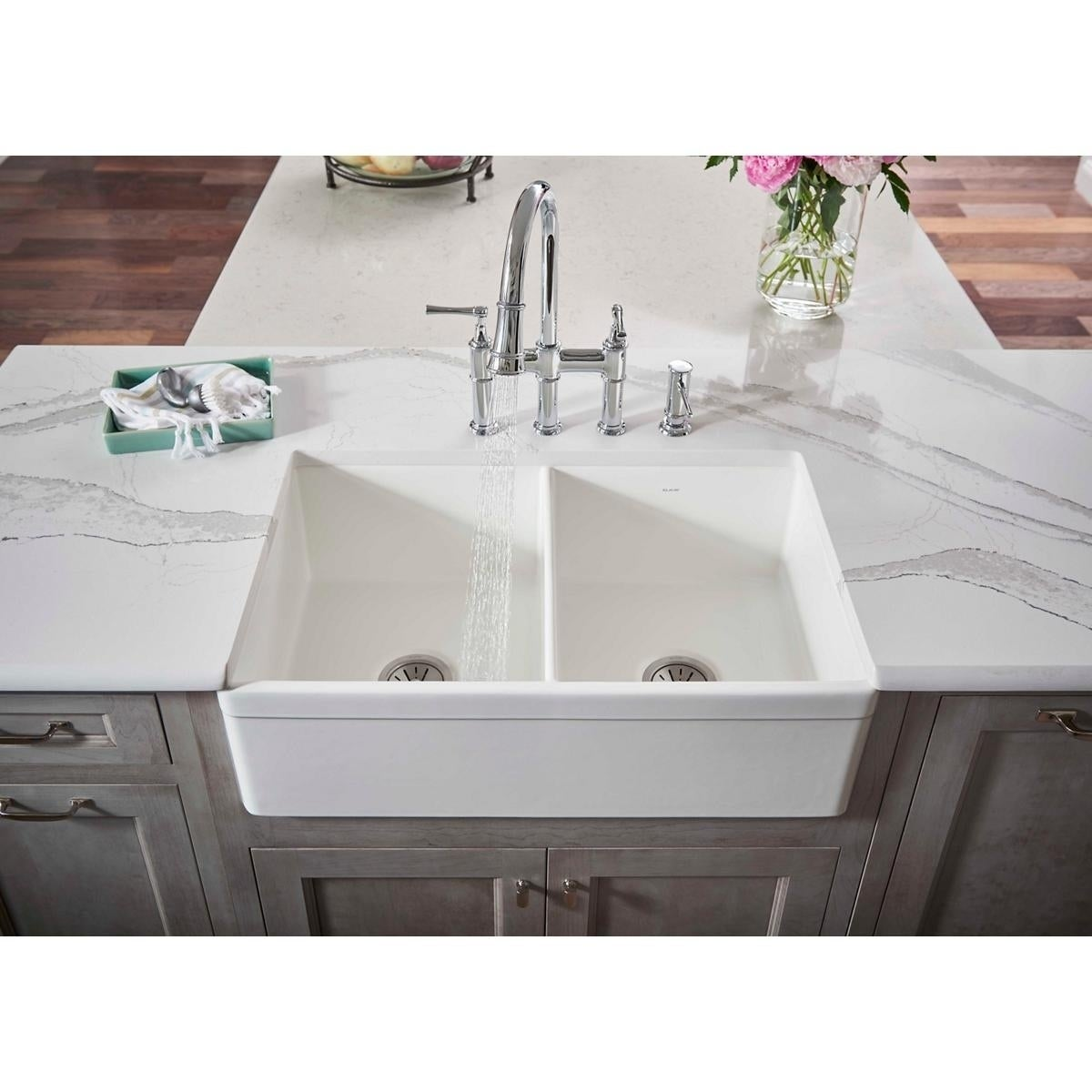 Elkay Fireclay 33 X 19 15 16 10 1 8 Equal Double Bowl Farmhouse Sink White