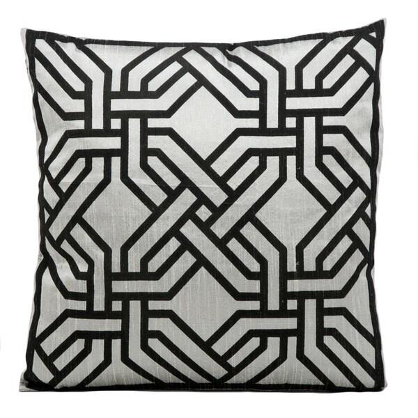 kathy ireland Modern Chain Silver/Black Throw Pillow (18-inch x 18-inch) by Nourison