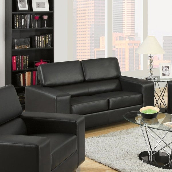 Furniture of America Fash Contemporary Faux Leather Loveseat