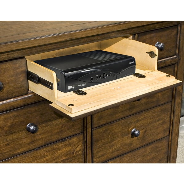 Intercon Jackson Solid Wood 9 Drawer Chesser   Free Shipping Today    Overstock.com   16446998