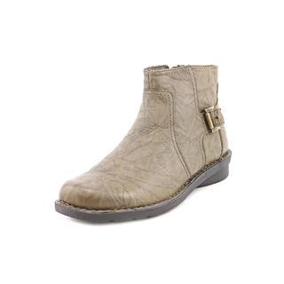 Clarks Women's 'Nikki Star Q' Leather Boots - Wide