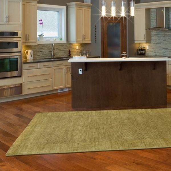 LR Home Loom Seridian Solid Olive Area Rug - 5'3 x 7'9