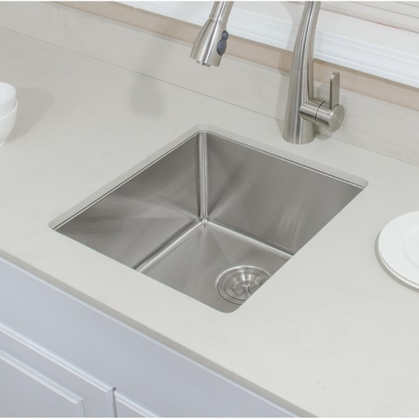 Wells Sinkware Chef's Collection 17-inch 16-gauge Undermount Stainless Steel Bar Sink