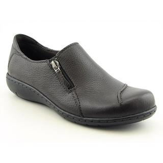 Clarks Women's 'Maggilyn' Leather Casual Shoes - Wide (Size 10 )