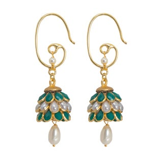 Handmade Sitara Green Floral Cluster Dangle Earrings (India)