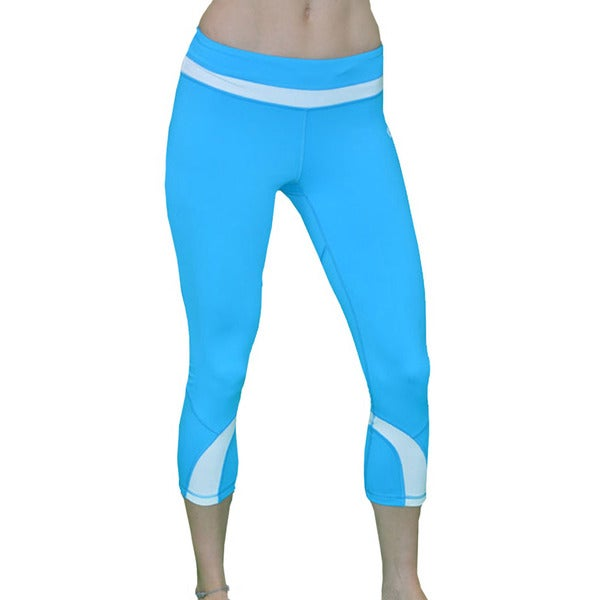 6d745b94d2 Shop Madison Sport Women's 'Gina' Activewear Capri Leggings - Free ...