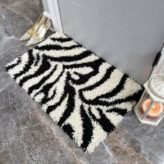 Maxy Home Zebra Shag Accent Rug Black and White Doormat (1'8 x 2'7)