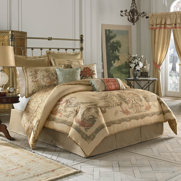 Croscill Normandy Scroll Print 4-piece Comforter Set