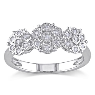 Miadora Sterling Silver 1/5ct TDW Diamond Cluster Ring