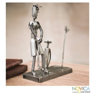 Handcrafted Recycled Metal 'Golf Pro' Sculpture (Peru)