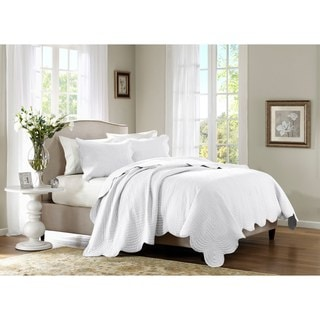 Madison Park Venice Coverlet Set (Option: White)