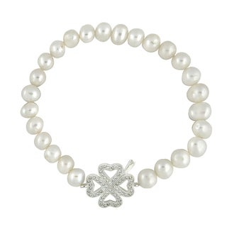 Glitzy Rocks White Freshwater Pearl and Cubic Zirconia Four-Leaf Clover Stretch Bracelet (7 mm)