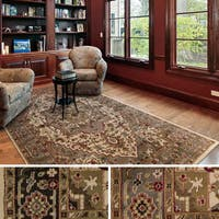 Bulloch Traditional Area Rug (10' x 13') - 10' x 13'