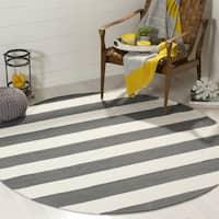 Safavieh Montauk Handmade Caspian Flatweave Grey / Ivory Stripe Cotton Rug - 6' x 6' Round
