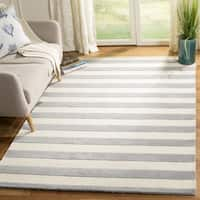 Safavieh Handmade Moroccan Cambridge Grey/ Ivory Wool Rug - 3' x 5'