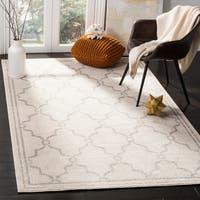 Safavieh Indoor/ Outdoor Amherst Ivory/ Light Grey Rug - 4' x 6'