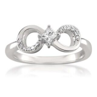 Montebello 14KT White Gold 1/4ct TDW Princess Cut Diamond Ring