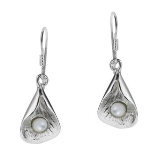 Handmade Lotus Bud Mother of Pearl .925 Silver Dangle Earrings (Thailand)