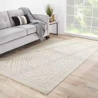 Sera Handmade Geometric Gray/ Off-White Area Rug (8' X 10') - 8' x 10'