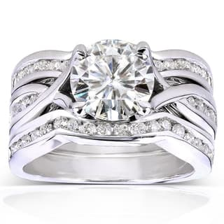 Annello by Kobelli 14k White Gold 1 3/4ct TGW Round-cut Moissanite (HI) and Channel-set Diamond 3-piece Bridal Rings Set|https://ak1.ostkcdn.com/images/products/9391736/P16580844.jpg?impolicy=medium