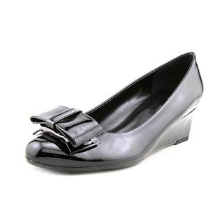 Vaneli Women's 'Arda' Patent Leather Dress Shoes