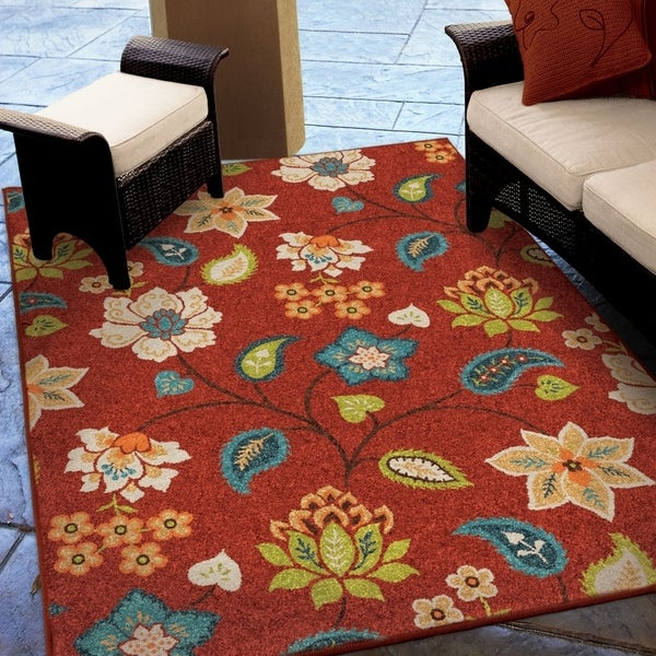 Carolina Weavers Indoor/Outdoor Santa Barbara Collection Virgin Island Red Area Rug - 7'8 x 10'10