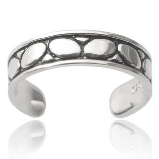 Journee Collection Sterling Silver Toe Ring https://ak1.ostkcdn.com/images/products/9394323/P16583344.jpg?impolicy=medium
