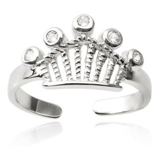 Journee Collection Sterling Silver Cubic Zirconia Crown Toe Ring https://ak1.ostkcdn.com/images/products/9394345/P16583363.jpg?impolicy=medium