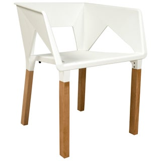 LeisureMod Elkton Modern White Polypropylene and Wood Accent Chair