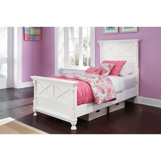 Signature Design by Ashley 'Kaslyn' White Panel Bed Set