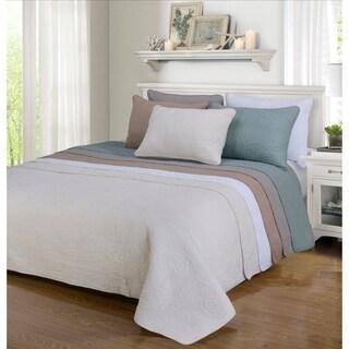 Superior Channing Floral Reversible Cotton Quilt Set (Option: White)