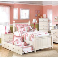 Signature Design by Ashley Cottage Retreat Cream Poster Bed Set with Trundle