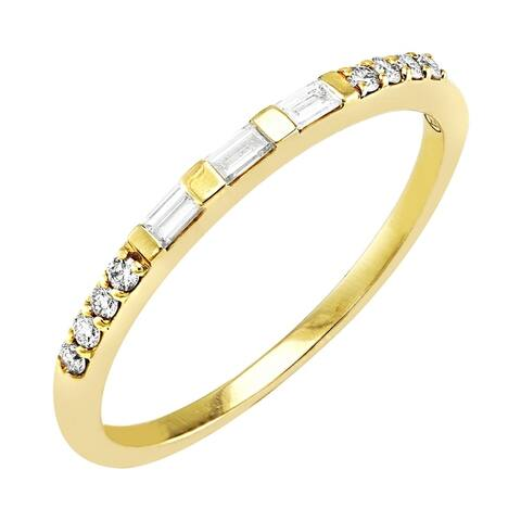 14k Gold 1/6ct TDW Baguette and Round Diamond Semi Eternity Band Ring by Beverly Hills Charm