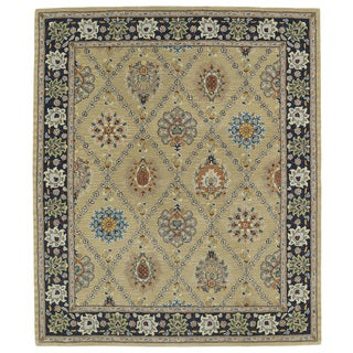 Hand-tufted Anabelle Gold Trellis Wool Rug (7'6 x 9')